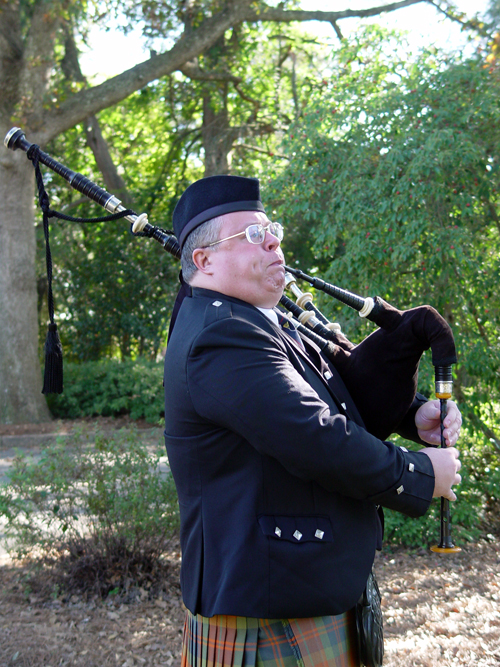 Raleigh Bagpiper Jerry Finegan from Cary, North Carolina - Bagpipe